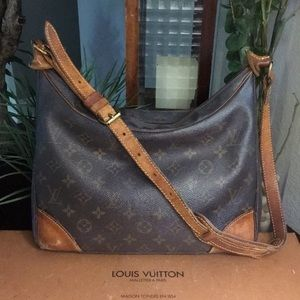 Authentic Louis Vuitton Boulogne 30